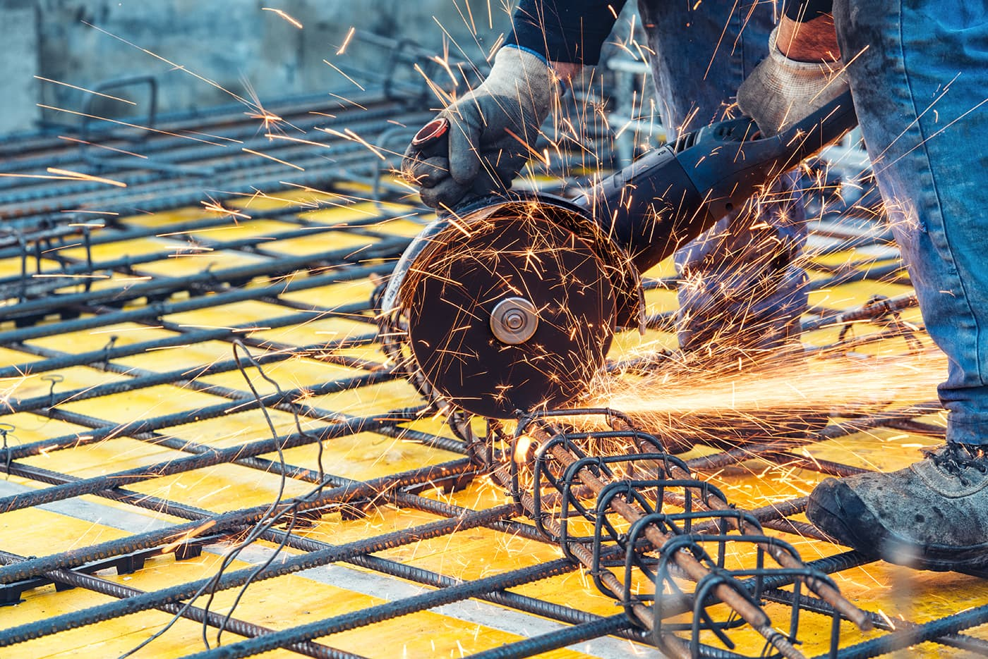 smirdex-metal-cutting-application
